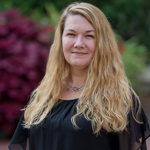 Carrie Lannen Portrait
